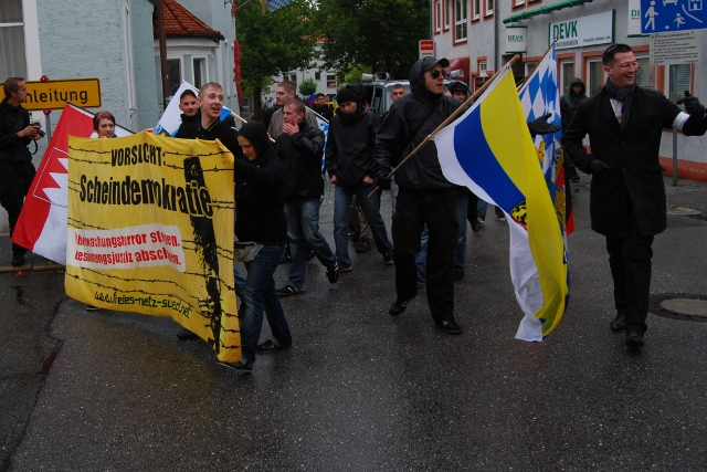 Naziaufmarsch in Schwandorf, Teil 1. Foto: Robert Andreasch