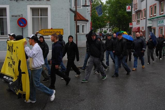 Naziaufmarsch in Schwandorf, Teil 2.  Foto: Robert Andreasch