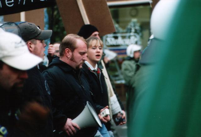 Martin Wiese und Ramona Sch. im Kreis der Münchner Neonaziszene  Foto:a.i.d.a.