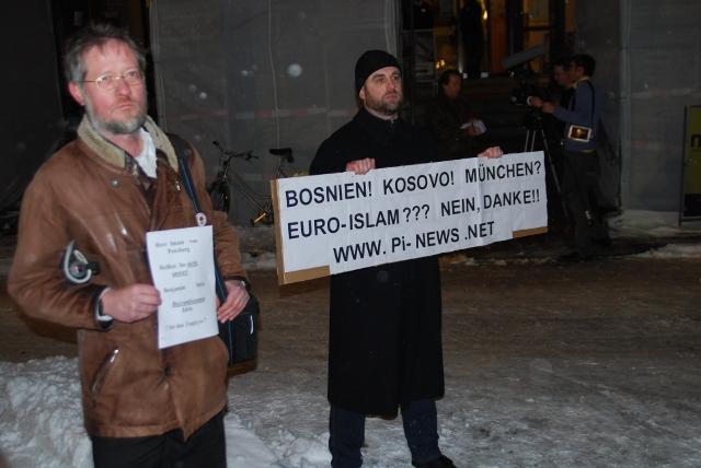 PI- bzw. BPE-Aktivisten Eckhardt Kiwitt und xy. Bild: Robert Andreasch
