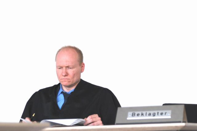 Rechtsanwalt Carsten Schrank vertritt die NPD bzw. die Fusionspartei.  Foto: Robert Andreasch