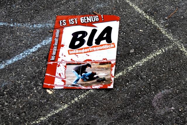 BIA-Propaganda auf dem Schulhof. Foto: Robert Andreasch