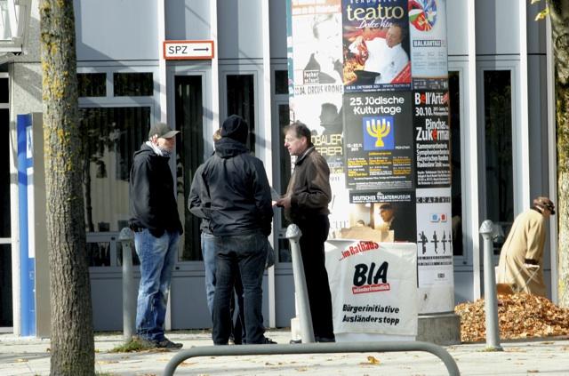 Angeblich 'öffentlichkeitswirksame Aktion der BIA' an der Ungererstraße.  Foto: Tom Lux