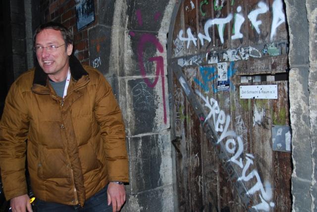 Michael Stürzenbergers Provokationen laufen ins Leere.  Foto: Robert Andreasch