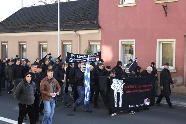 Aufmarsch in Wunsiedel am 13. November 2011.  Foto: Tom Lux