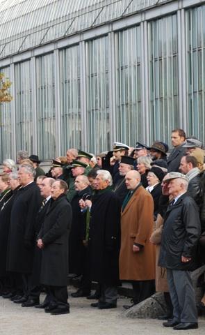 Joachim Herrmann, Delegierte der 'Ordensgemeinschaft der Ritterkreuzträger' und des 'Kameradenkreis der Gebirgstruppe' u. a.  Foto: Robert Andreasch