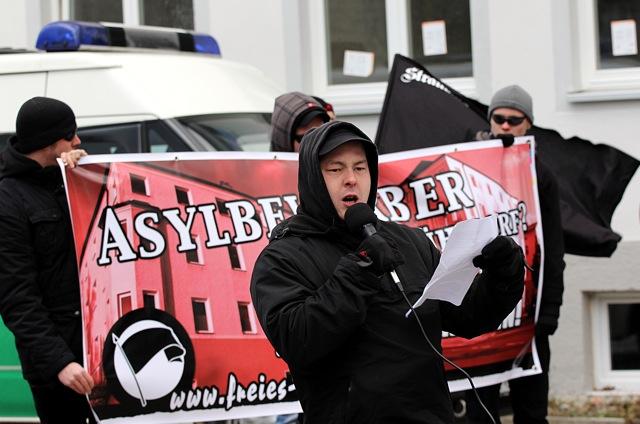 Der als Rechtsterrorist verurteilte Karl-Heinz Statzberger von der 'Kameradschaft München'.  Foto: Jan Nowak