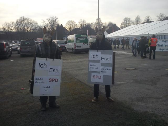 'Eselsmaskenaktion' gegen den 'Politischen Aschermittwoch' der SPD in Vilshofen. Foto: Jusos Bayern