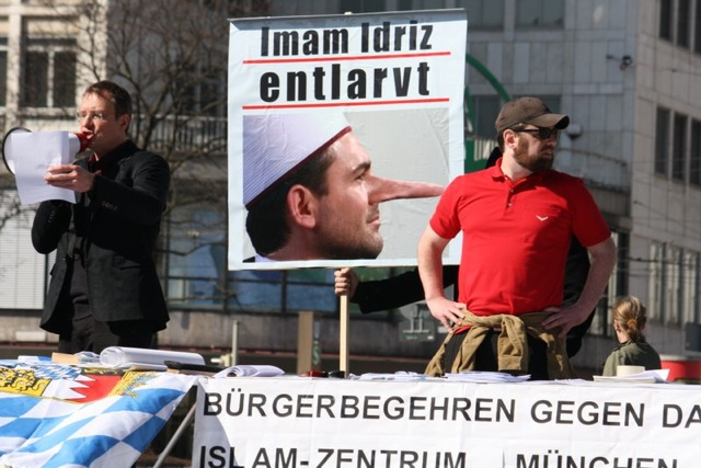 Antimuslimische Kundgebung auf dem Stachus. Foto: rgm
