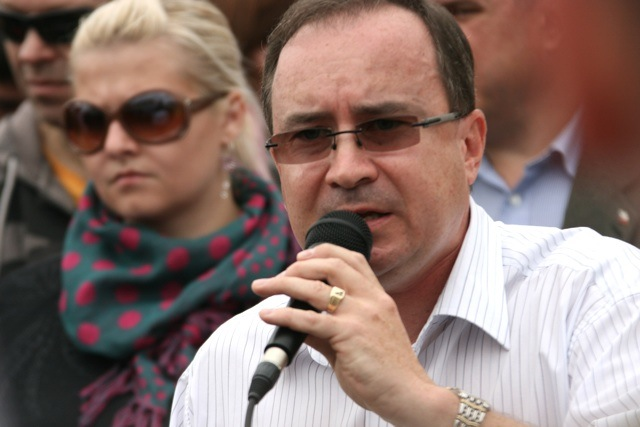 Tomáš Vandas (DSSS) bei einem Neonaziaufmarsch in Novy Bór.  Foto: Robert Andreasch