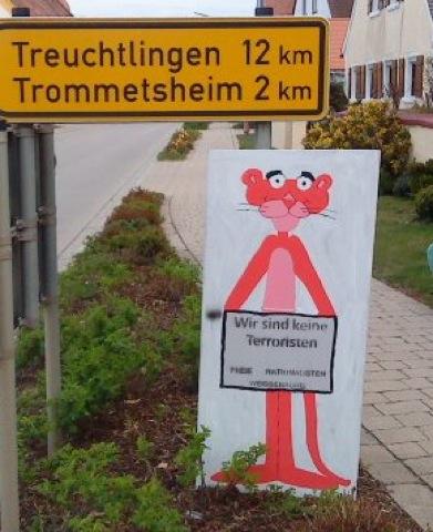 Plakataktion der 'Freien Nationalisten Weissenburg'. Foto: www.wug-gegen-rechts.de