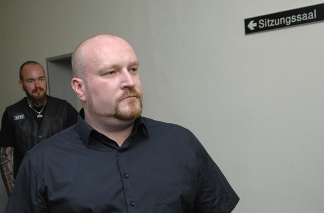 Martin Wiese verlässt den Sitzungssaal im Amtsgericht Gemünden. Foto: Robert Andreasch