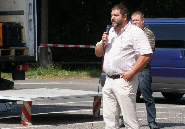 Sascha Roßmüller spricht auf der NPD-Kundgebung.  Foto: privat
