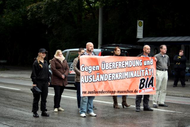 Das gezeigte Transparent der BIA. Foto: Tim Karlson
