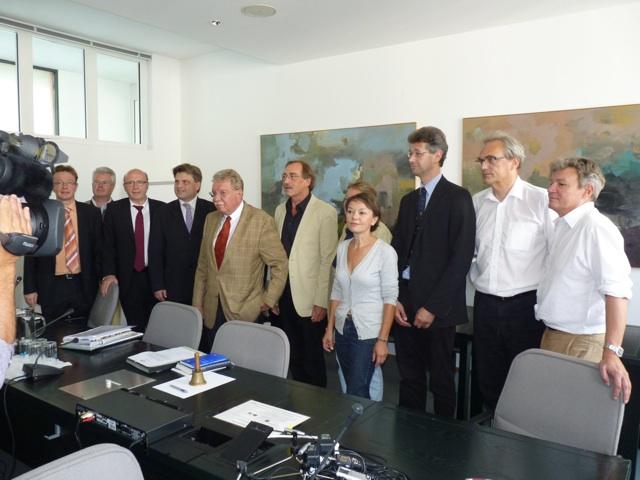 Die Mitglieder des bayerischen NSU-Untersuchungsausschusses.  Foto: a.i.d.a.