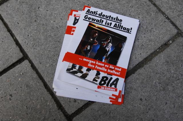 Wieder eingesammelt: Flugblätter der 'Bürgerinitiative Ausländerstopp'. Foto: a.i.d.a.