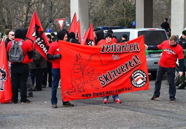 Transparent des 'Freien Netz Süd'.  Foto: recherche-bayern