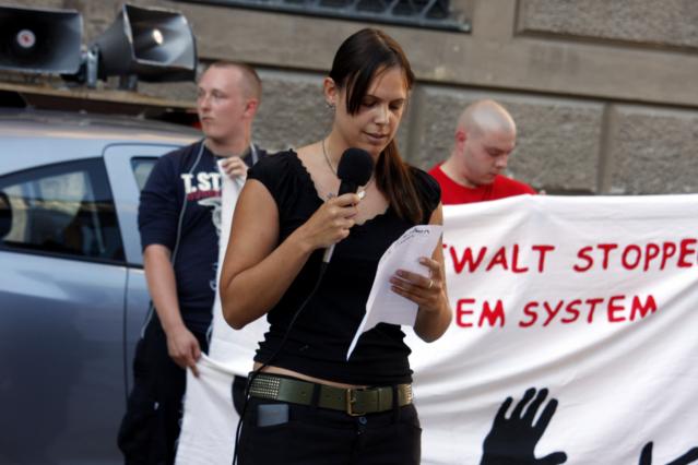 Die Kundgebungsrednerin Vanessa Becker. Foto: Tim Karlson