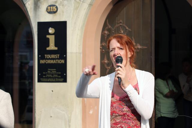 Sigrid Schüßler bei der Kundgebung in Landshut.  Foto: Jan Nowak
