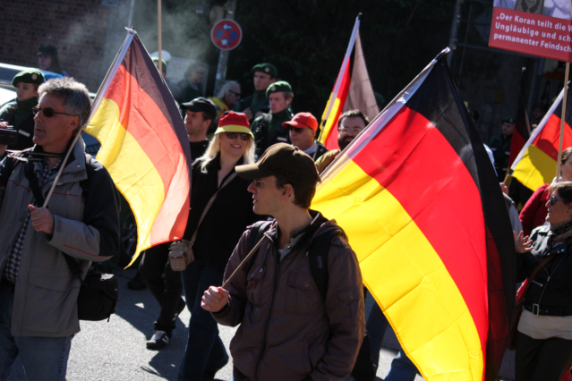 BPE-Demo in schwarz-rot-gold. Foto: Tim Karlson