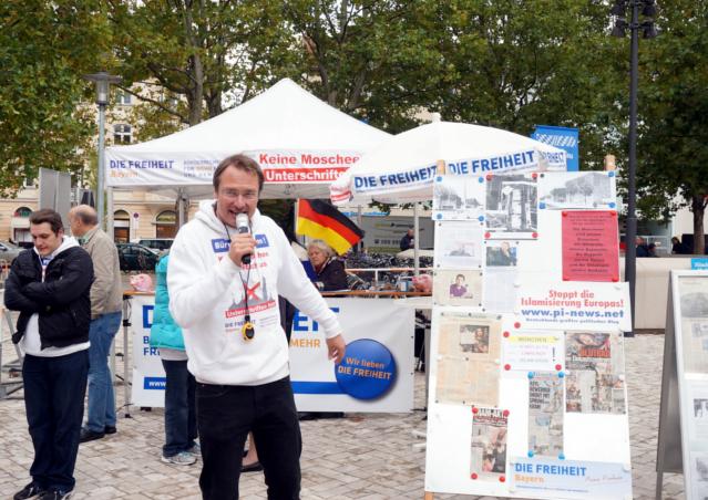 Kundgebungsredner Stürzenberger. Foto: privat