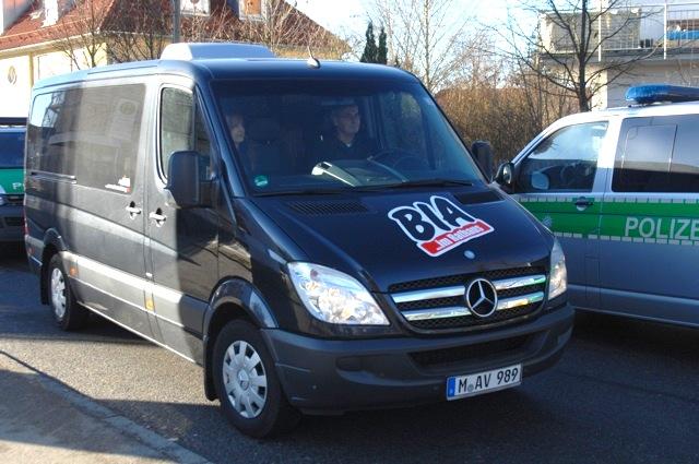 Roland Wuttke fährt das BIA-Fahrzeug. Foto: Robert Andreasch