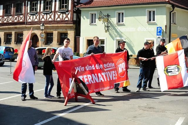 NPD-Kundgebung in Weismain.  Foto: Timo Müller