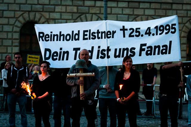 Neonazistisches Gedenken an den Holocaustleugner Elstner. Foto: Tim Karlson