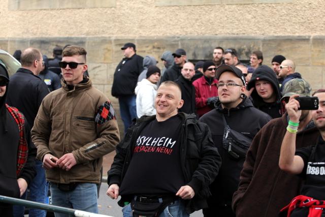 Rassistische Propaganda auf dem Sweatshirt.  Foto: Jan Nowak