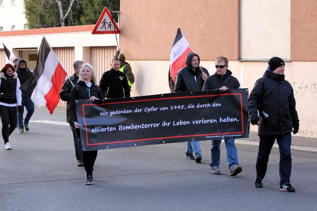 Transparent der Kameradschaft Unterfranken beim Aufmarsch.  Foto: Jan Nowak