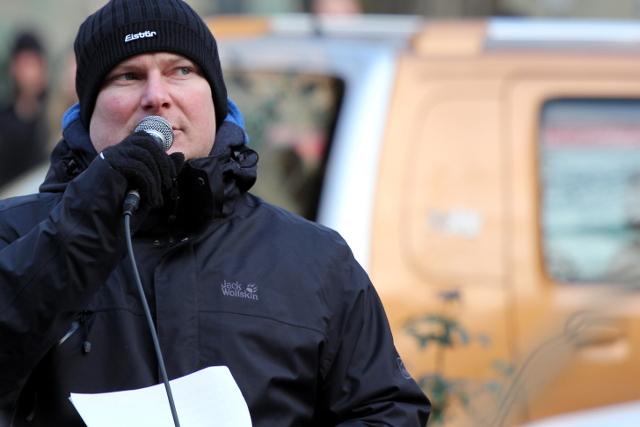 Nils Larisch bei seiner Ansprache.  Foto: Jan Nowak