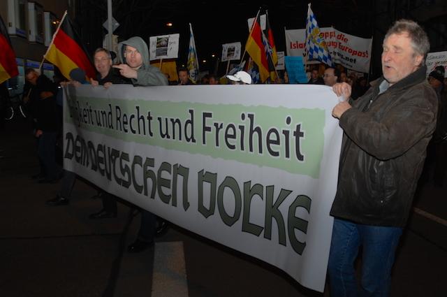 2015 03 16 BAGIDA München Fronttransparent klein c Robert Andreasch