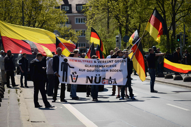 Der 'Nügida'-Aufmarsch in Nürnberg. Foto: Timo Müller
