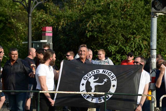 Karl Richter spricht auf der Kundgebung.  Foto: Timo Mueller