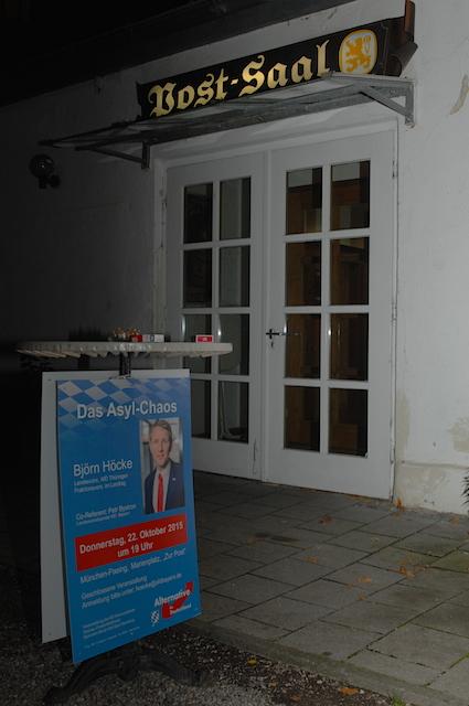 Eingang zur AfD-Veranstaltung im Pasinger Hotel 'Zur Post'. Foto: Robert Andreasch