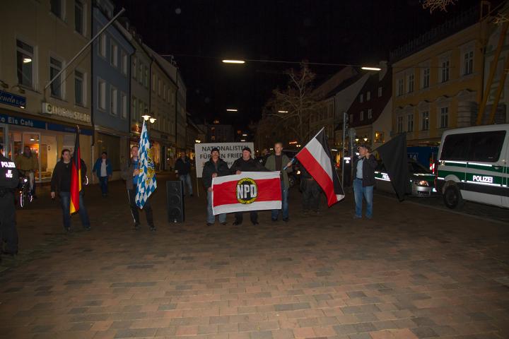 NPD-Kundgebung in Freising. Foto: Josef Preiselbauer, www.preiselbauer.de