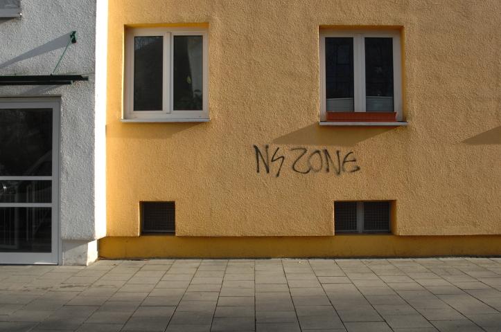 Das neue 'NS Zone'-Graffiti in der Ampfingstrasse. Foto: a.i.d.a.