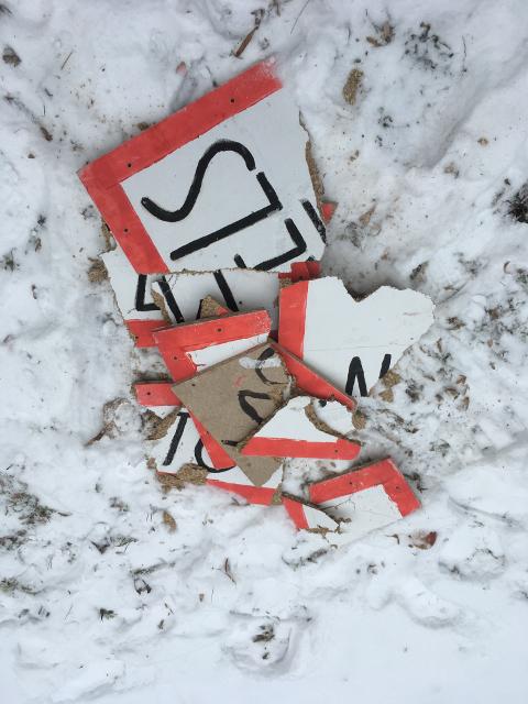 Nach der rassistischen Aktion von 'Der Schild'. Foto: a.i.d.a.